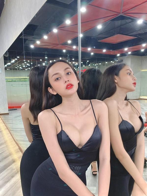 "Thi sinh chuyen gioi ""Dai su hoan my 2020"" an mac cuc nong bong ""dot mat""-Hinh-10"