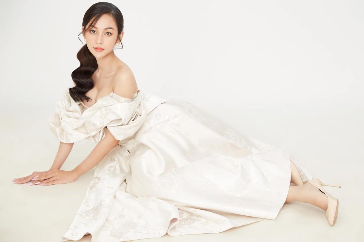 "Thi sinh chuyen gioi ""Dai su hoan my 2020"" an mac cuc nong bong ""dot mat""-Hinh-12"