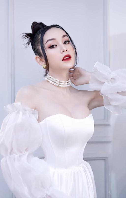 "Thi sinh chuyen gioi ""Dai su hoan my 2020"" an mac cuc nong bong ""dot mat""-Hinh-3"