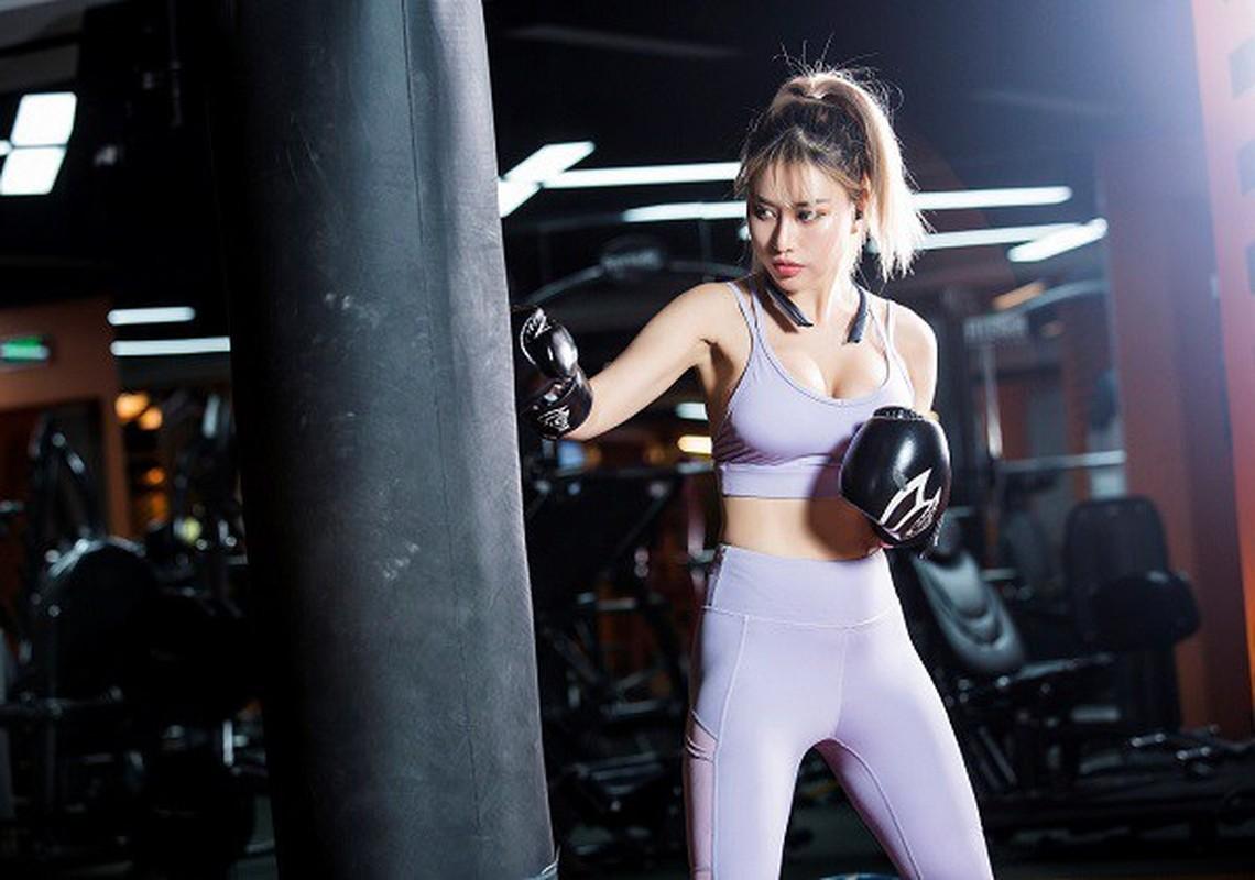 "Bi kip so huu voc dang boc lua cua ""Nu hoang phong gym"" Trang Tracy-Hinh-4"