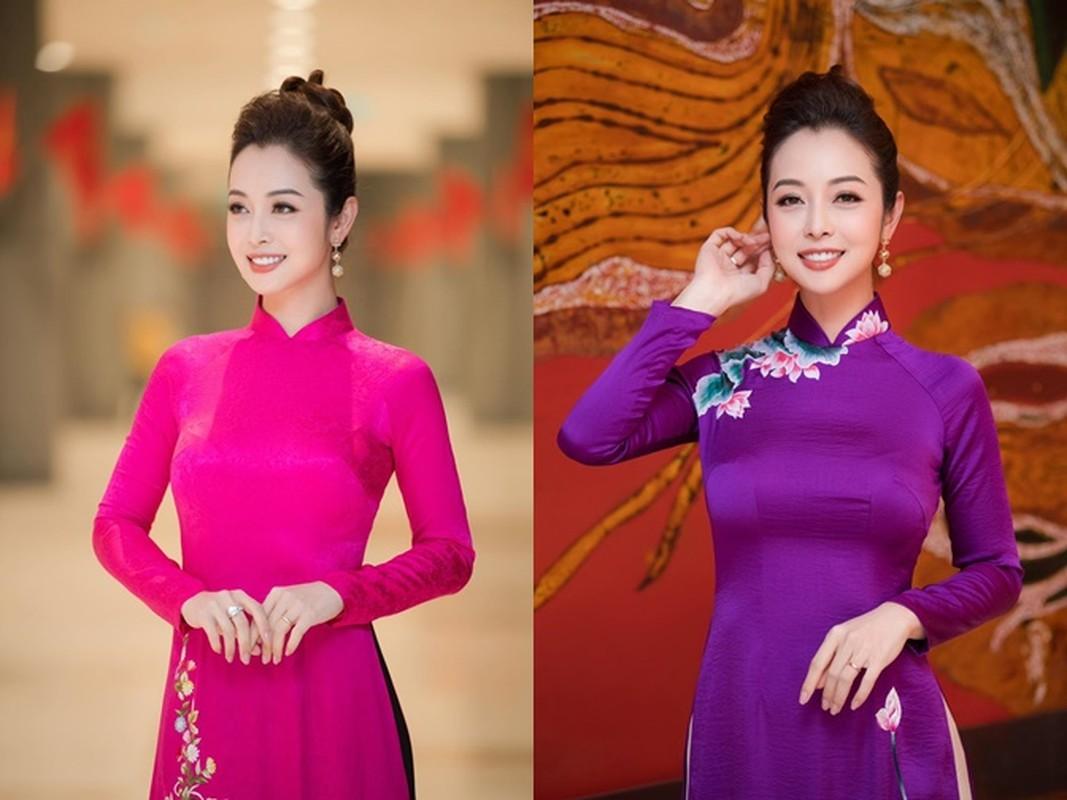 Hoc hoa hau tuoi Suu Jennifer Pham giu dang nuot na o tuoi U40-Hinh-10