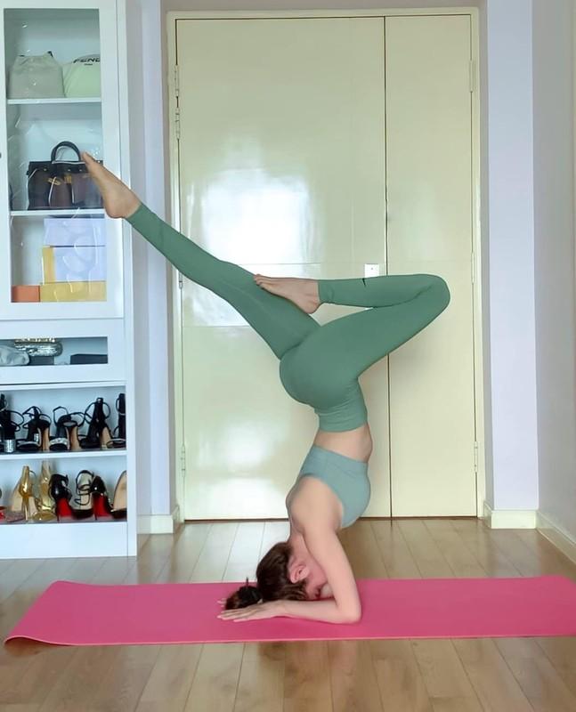 "Hoa hau ""sieu vong 3"" Huynh Vy cuc goi cam voi cac dong tac yoga-Hinh-12"