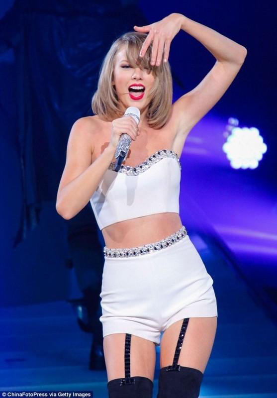"""Nhuc mat"" trang phuc khoe eo thon cua nu ca si Taylor Swift-Hinh-7"