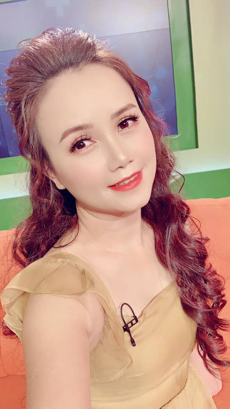 Dien vien Hoang Yen ly hon chong thu 4 mac tre trung khong ngo-Hinh-6