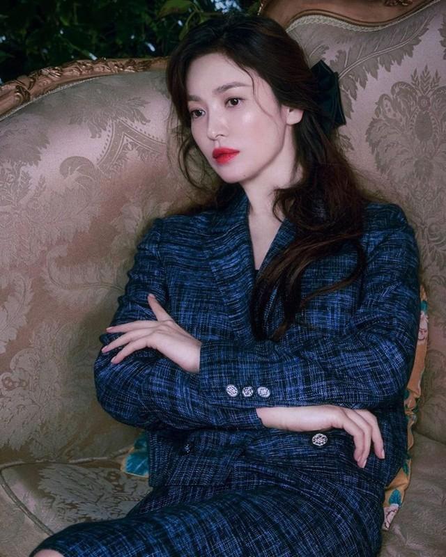 Song Hye Kyo xinh dep nhu gai doi muoi trong bo anh thoi trang moi-Hinh-2