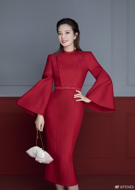 Trieu Vy khoe nhan sac tre trung U50 trong bo anh thoi trang Xuan-Hinh-3
