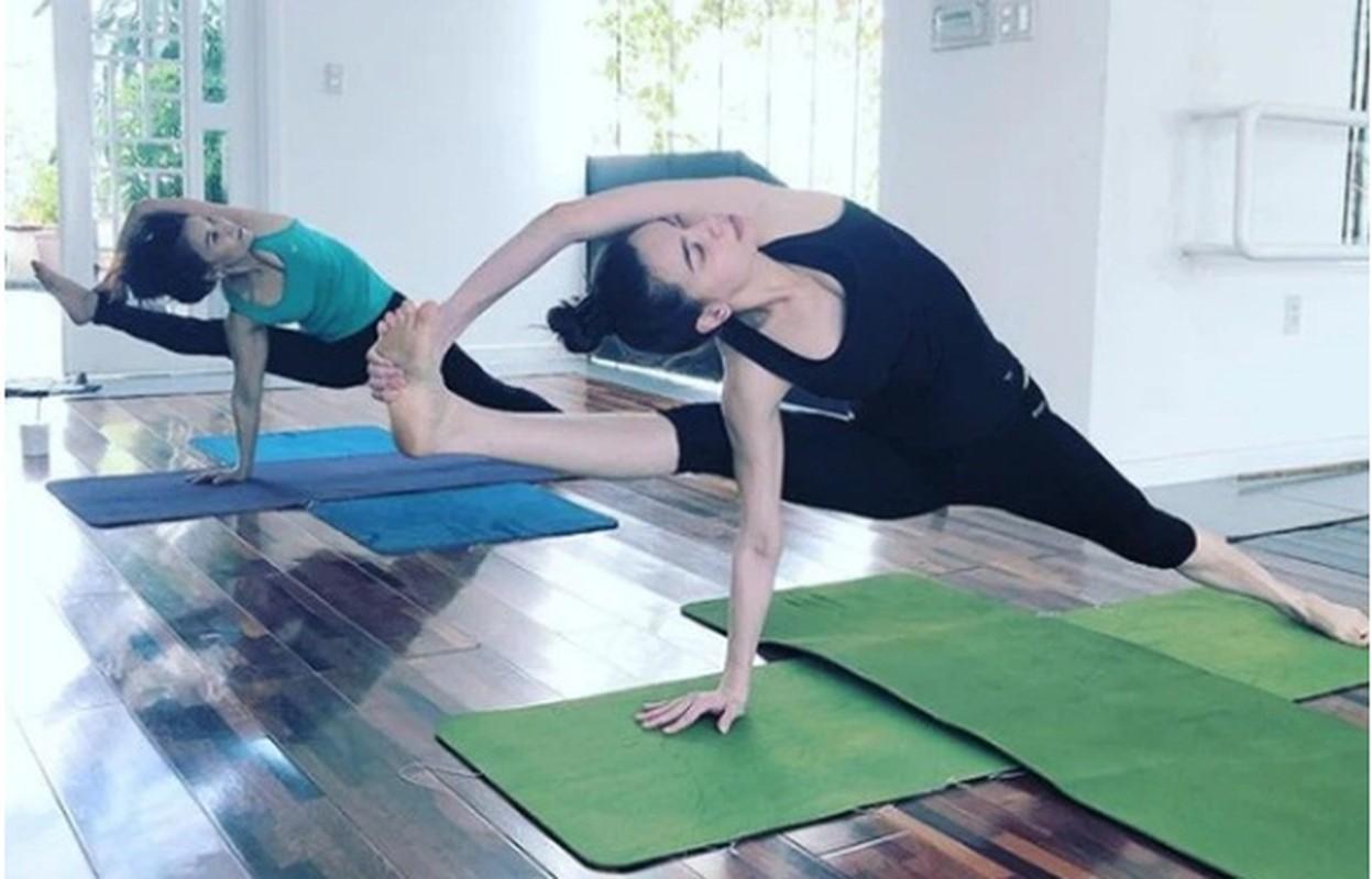 Ket than voi yoga, Ha Ho tap nhung dong tac cuc kho, sieu goi cam-Hinh-10