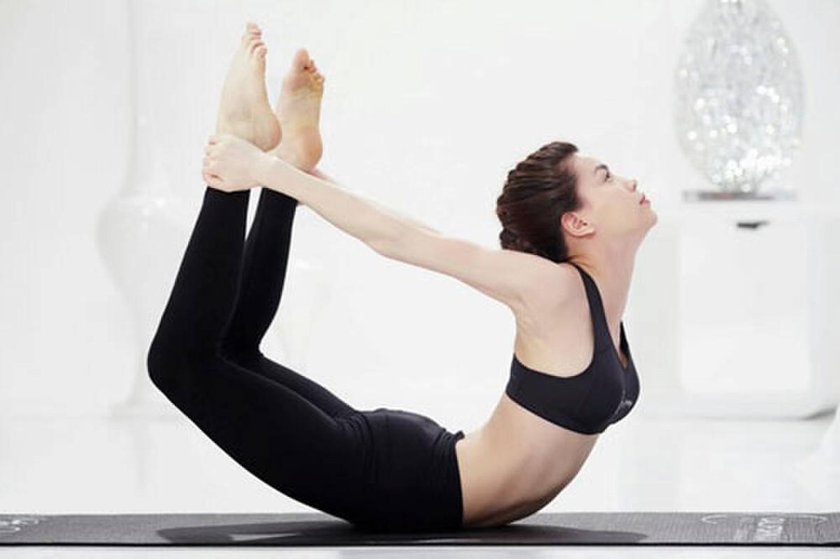 Ket than voi yoga, Ha Ho tap nhung dong tac cuc kho, sieu goi cam-Hinh-3