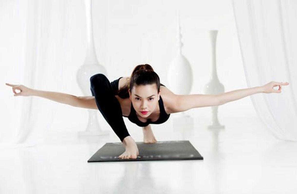 Ket than voi yoga, Ha Ho tap nhung dong tac cuc kho, sieu goi cam-Hinh-4