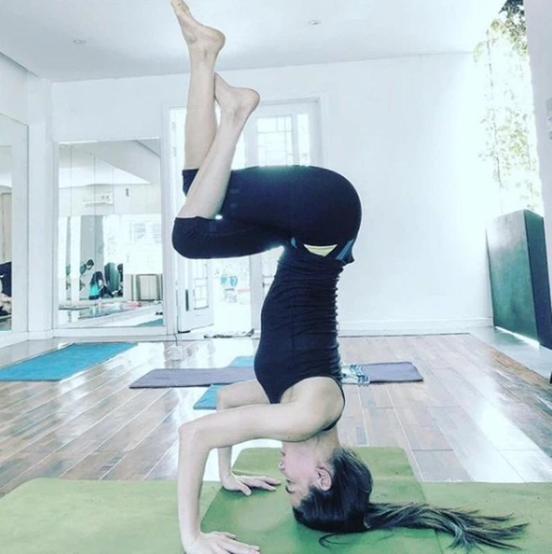 Ket than voi yoga, Ha Ho tap nhung dong tac cuc kho, sieu goi cam-Hinh-9
