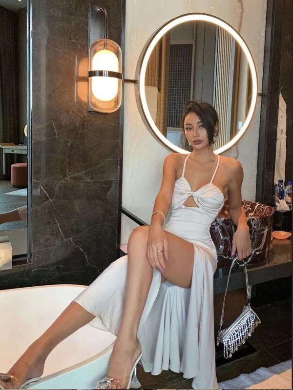 """Hot girl Trung Quoc """"dot mat"""" fan boi thoi trang nong bong khoe body phon thuc-Hinh-7"""