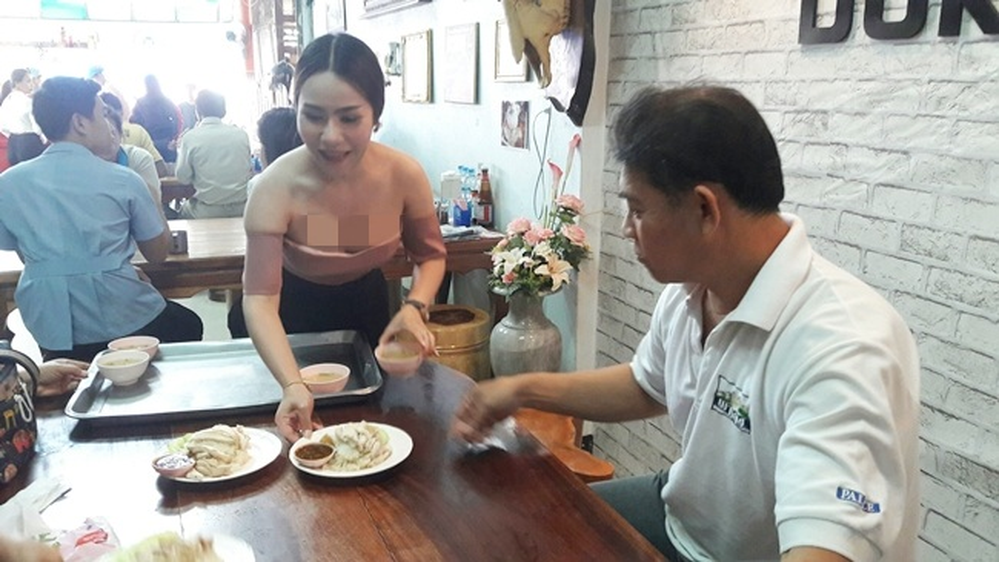 """Hang loat hot girl Thai Lan an mac ho hang de """"cau"""" khach mua hang-Hinh-10"""