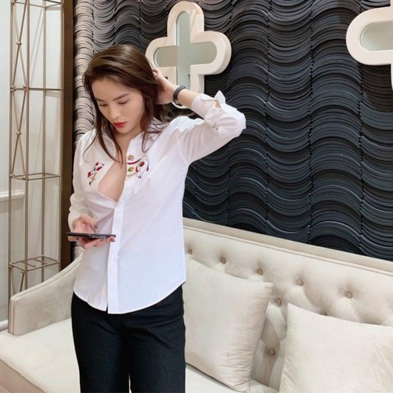 """Hoa hau Ky Duyen """"dot mat"""" fan voi loat trang phuc """"buong loi"""" vong mot-Hinh-5"""