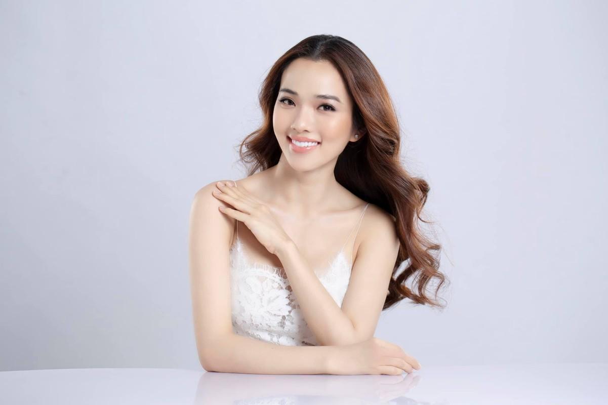 Ba xa Ung Hoang Phuc cham mac goi cam khoe dang sau 3 lan sinh no-Hinh-10