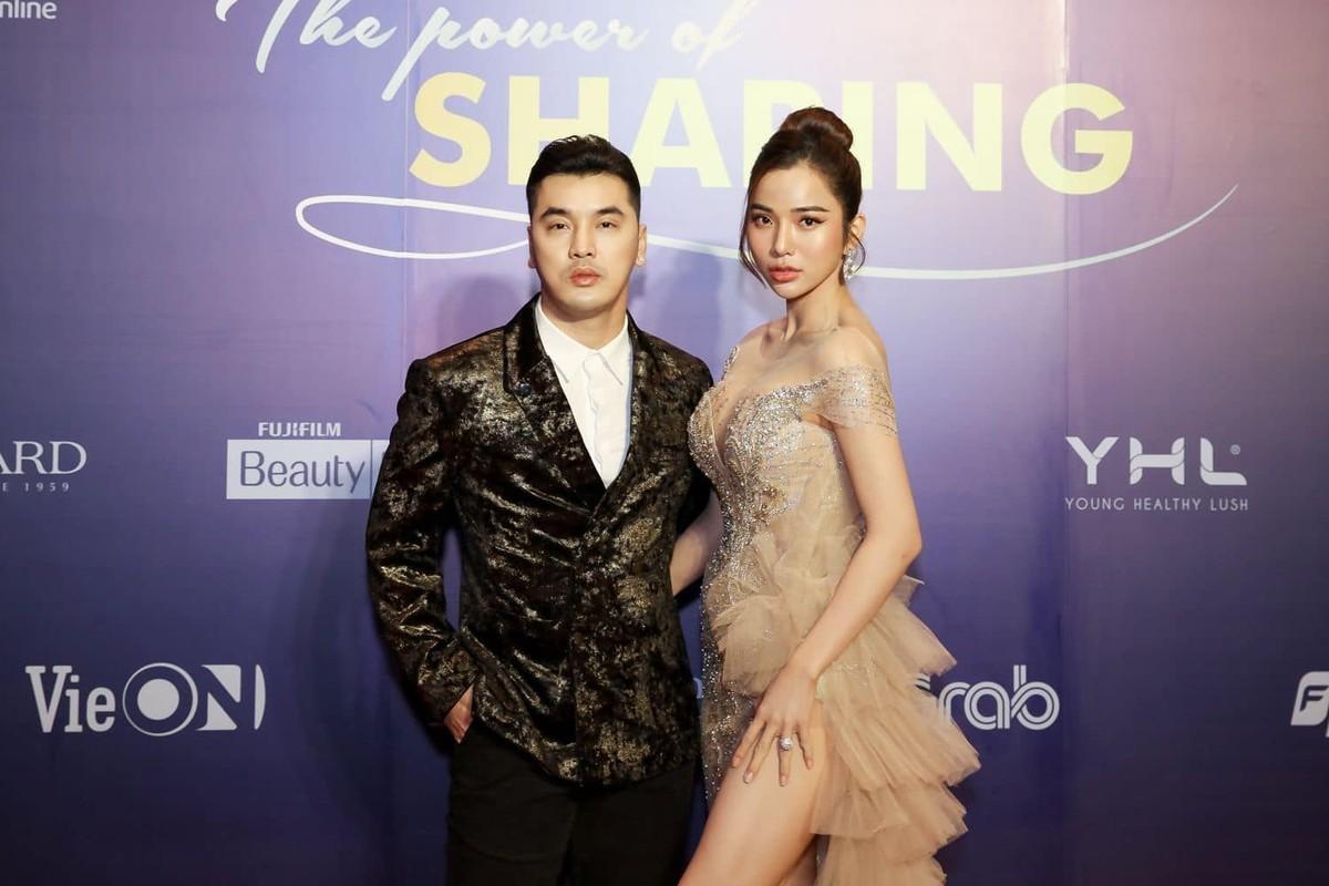 Ba xa Ung Hoang Phuc cham mac goi cam khoe dang sau 3 lan sinh no-Hinh-7