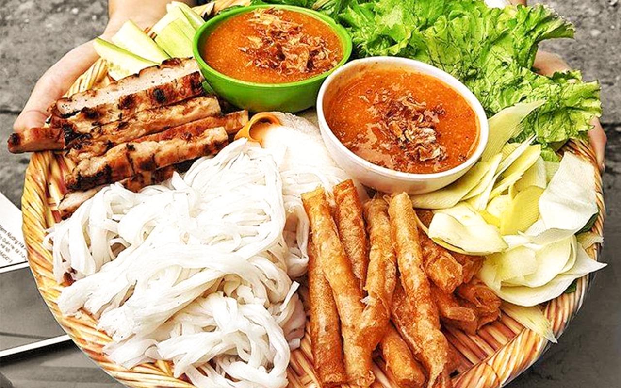 5 mon dac san Nha Trang duoc bao ngoai khen nuc tieng