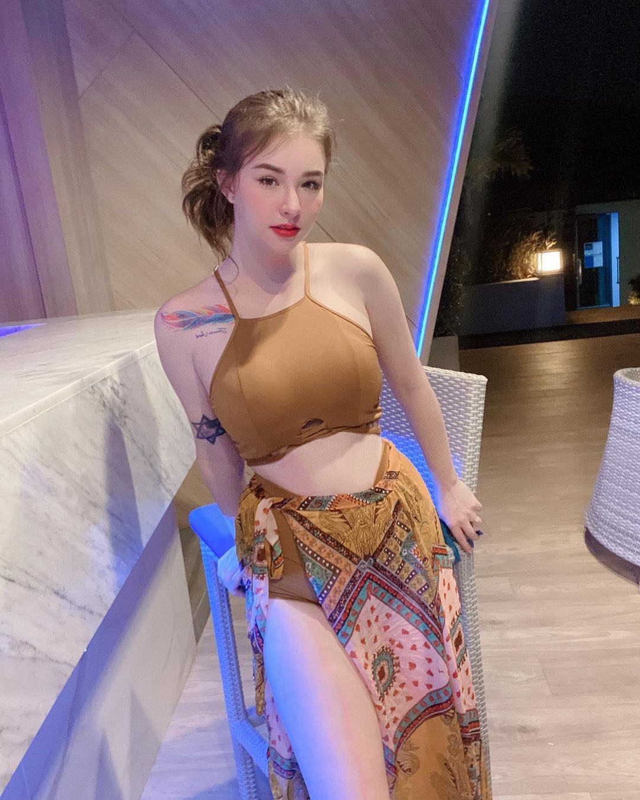 """Nu than tam suoi"" Thai Lan gay sot boi gu thoi trang nong bong-Hinh-11"