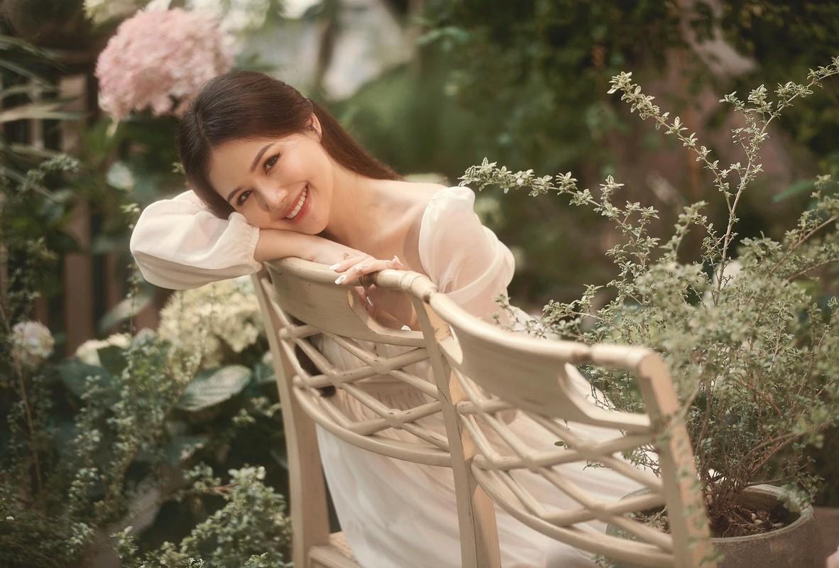 Style thoi trang giau bung bau tai tinh cua Phanh Lee