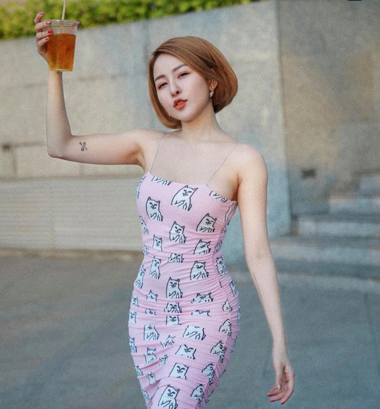 "Bi kip giup hot girl Tram Anh tu tin mac bikini khoe voc dang ""boc lua""-Hinh-5"