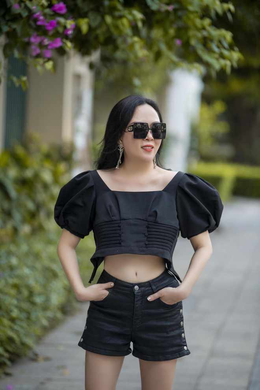 Giua on ao chia tay tinh tre, Phuong Chanel van mac goi cam khoe body-Hinh-11