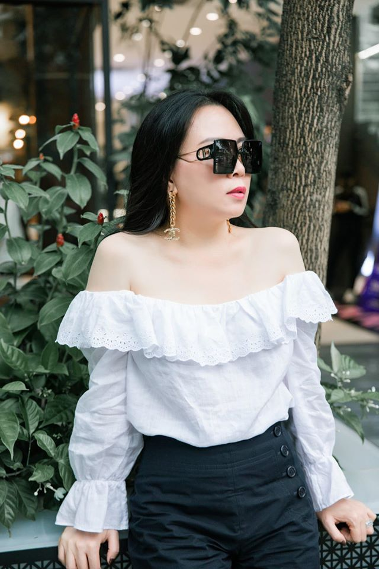 Giua on ao chia tay tinh tre, Phuong Chanel van mac goi cam khoe body-Hinh-6