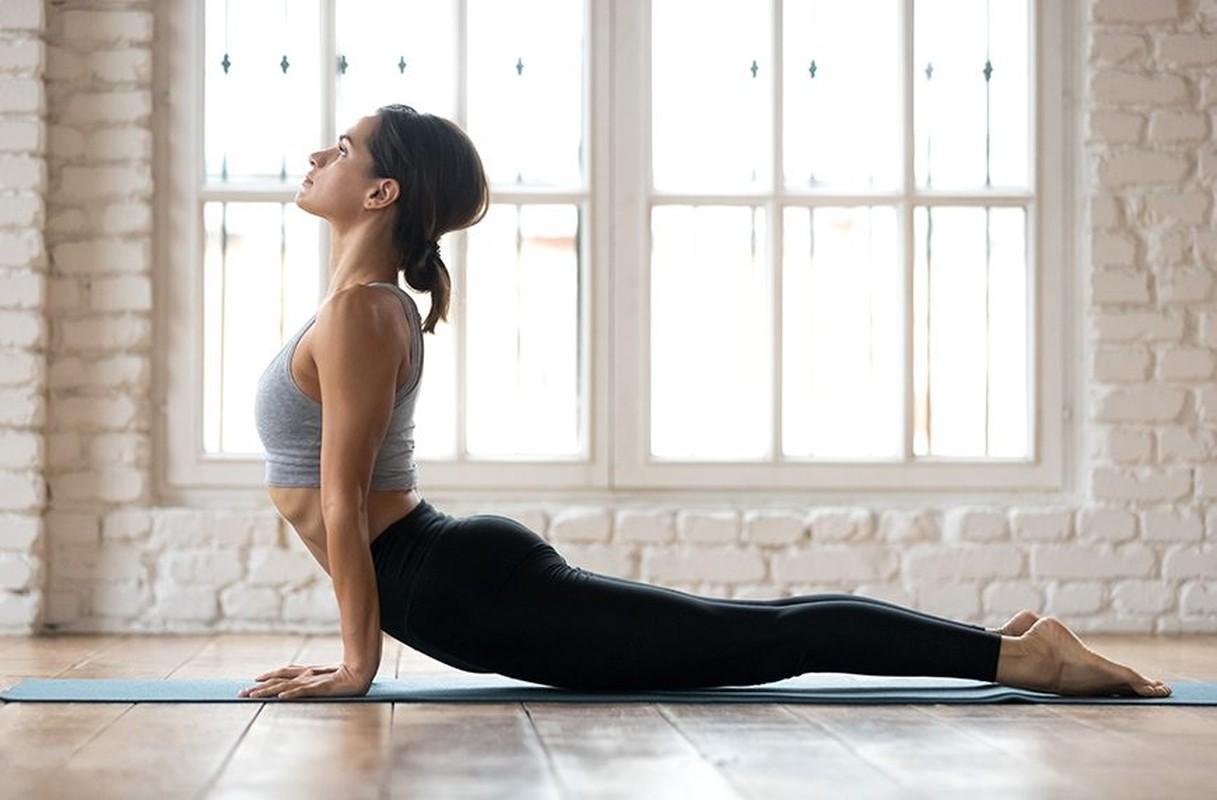 "Cach an mac ho bao cua cac co giao yoga khien hoc vien ""nong mat""-Hinh-11"