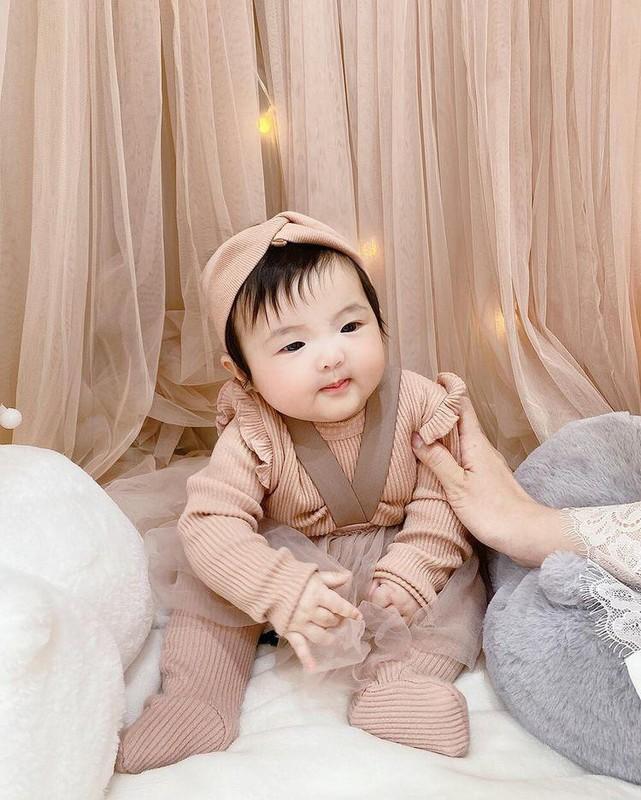 Dong Nhi cham chi cho con gai cung an mac sanh dieu-Hinh-5
