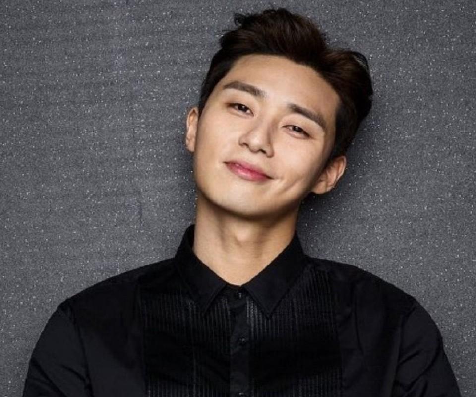 Bi kip giup my nam Park Seo Joon so huu lan da dep khong ti vet-Hinh-7