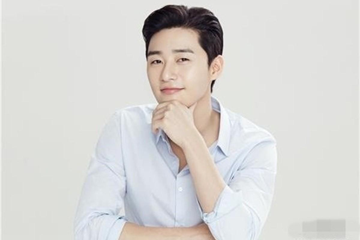 Bi kip giup my nam Park Seo Joon so huu lan da dep khong ti vet