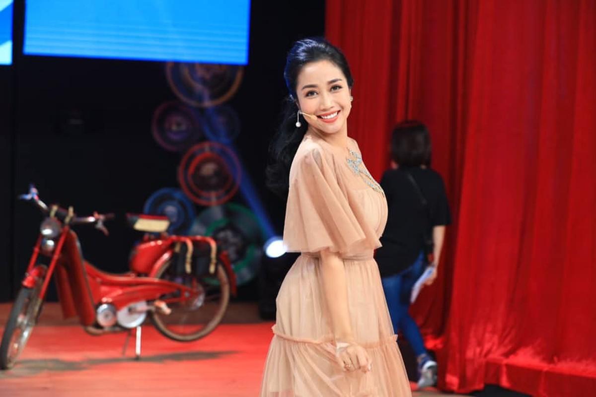 Tre trung o tuoi U40, Oc Thanh Van duong da moi luc moi noi-Hinh-9