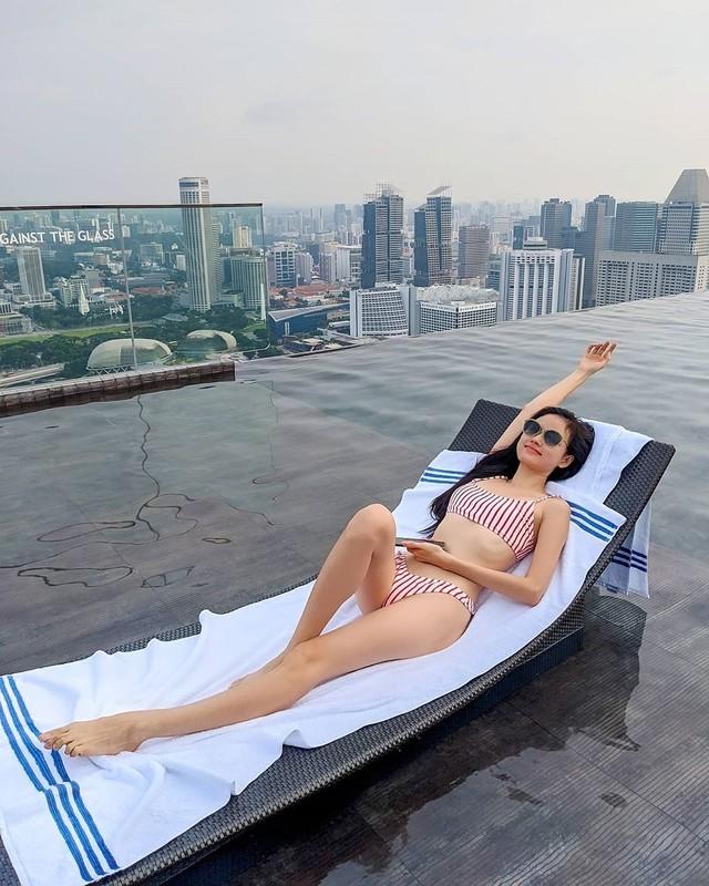 """""""Hoa hau"""" Next Top Viet giu dang nuot na nho yoga-Hinh-5"""