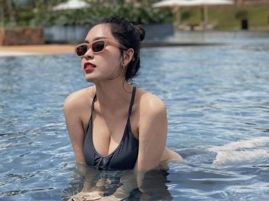 """""""Nong mat"""" voi gu thoi trang cuc nong bong cua hot girl truong RMIT-Hinh-9"""