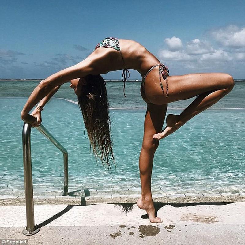 Ngat ngay voi than hinh sieu chuan cua nu huan luyen vien yoga-Hinh-8