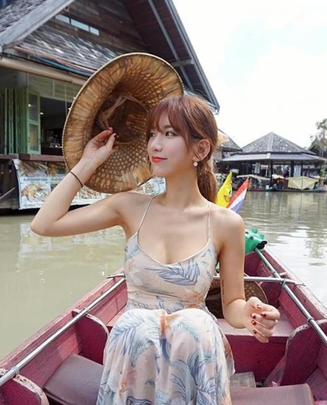 "Co giao the hinh Han Quoc chia se bi kip giu dang ""boc lua""-Hinh-8"