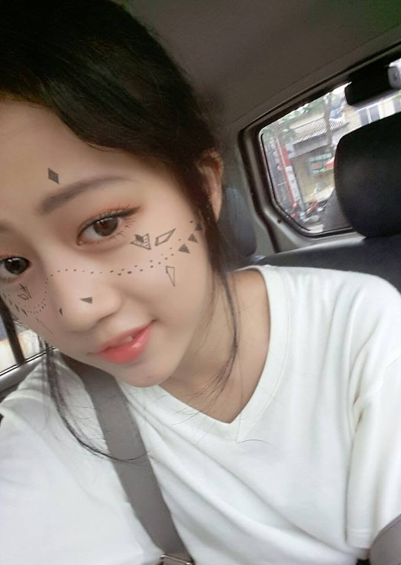 Nu sinh xinh dep gay sot trong MV moi cua Bich Phuong-Hinh-7