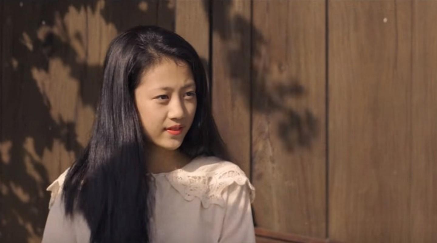 Nu sinh xinh dep gay sot trong MV moi cua Bich Phuong