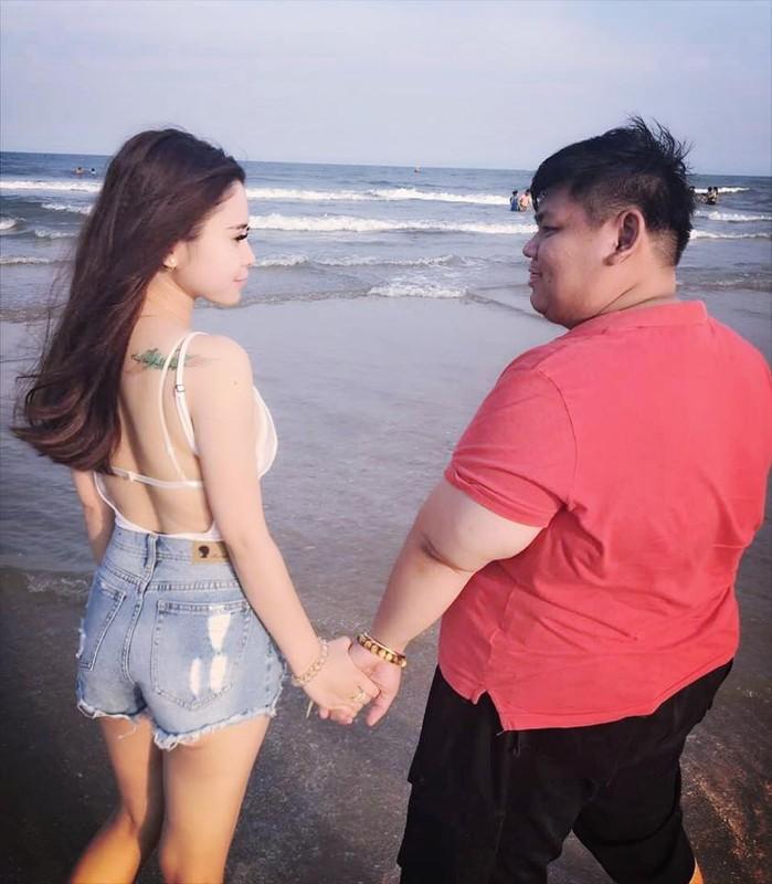 Cap doi chenh nhau 83kg nen duyen vao dung ngay Valentine-Hinh-2