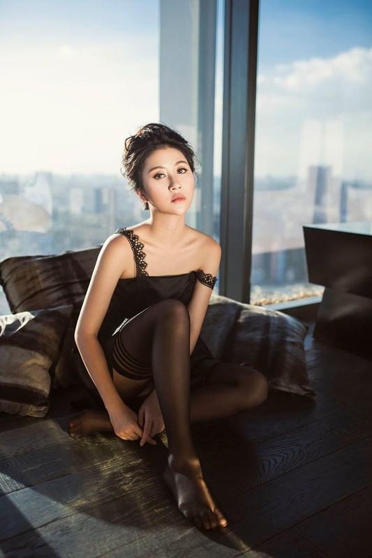 Dieu gi giup Quynh Anh Shyn lot top de cu Influence Asia 2017?-Hinh-9