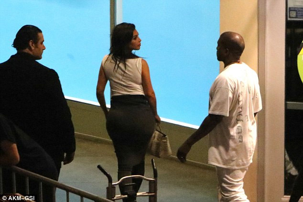 Vong ba khung cua Kim Kardashian bi nghi hang gia-Hinh-5