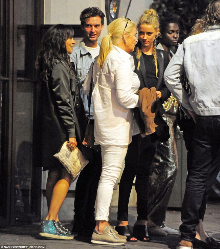 Amber Heard xoa toi ben sau ly hon Johnny Depp-Hinh-7