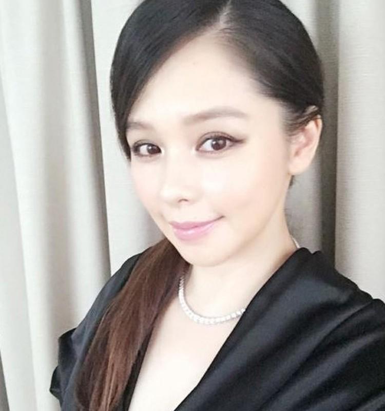 8 sao chau A so huu doi mat dep hut hon-Hinh-6
