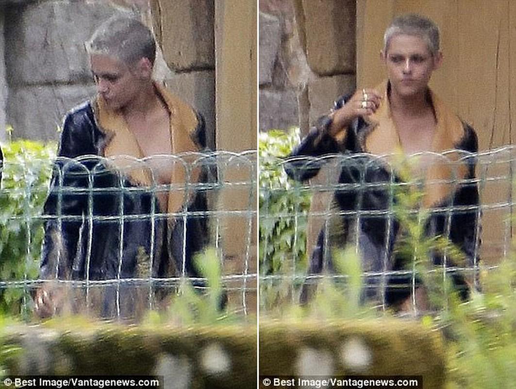 Kristen Stewart ho henh lo nguc khi den tham nguoi tinh dong gioi