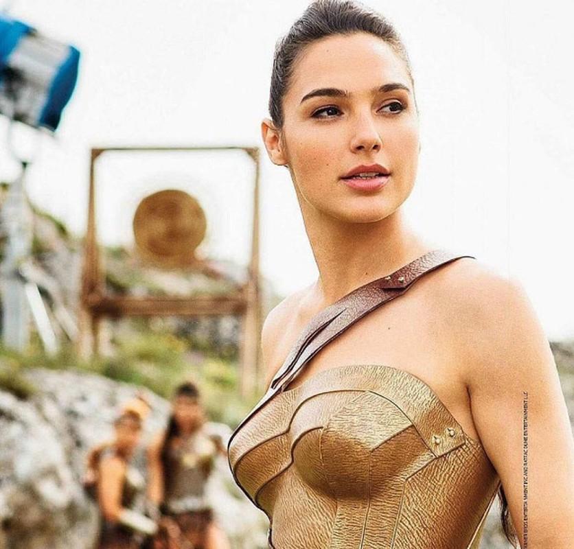 Sao Wonder Woman van quyen ru khi de mat moc-Hinh-7