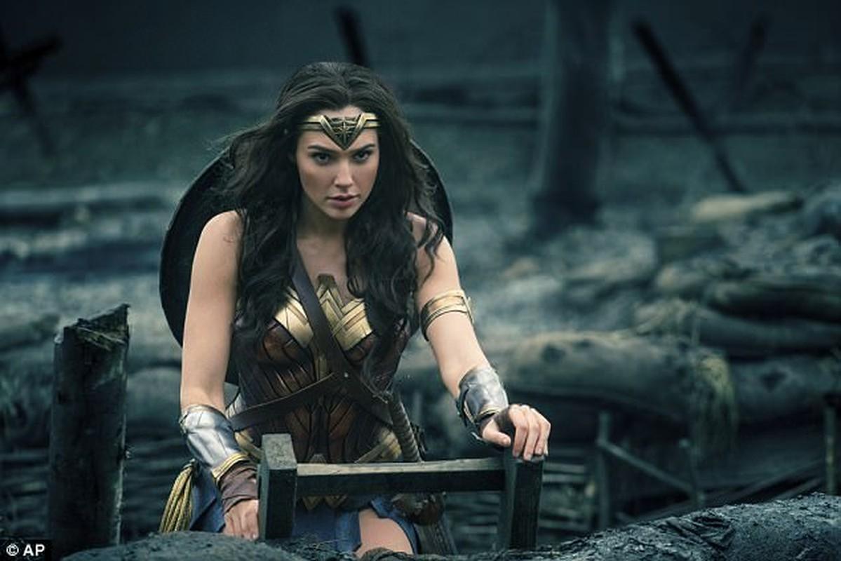 Sao Wonder Woman van quyen ru khi de mat moc-Hinh-8
