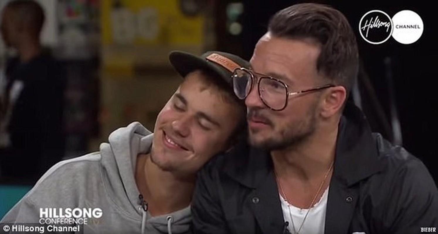 Ly do Justin Bieber bi nghi ngo gioi tinh-Hinh-2
