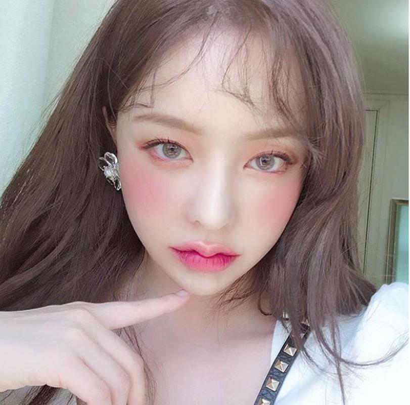 Hot girl Han Quoc hut van nguoi ham mo nho doi moi xinh nhu hoa-Hinh-9