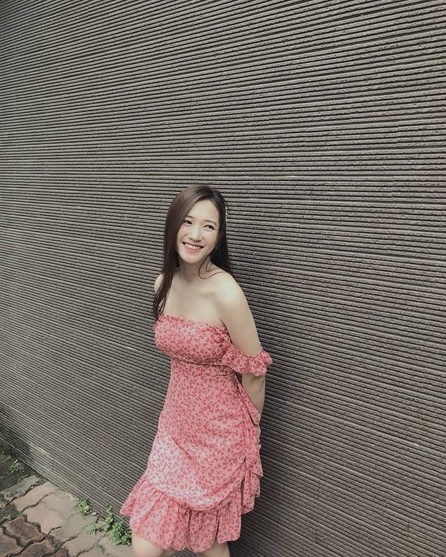 Nhan sac mon con mat cua cuu hot girl Ha thanh sau sinh-Hinh-5