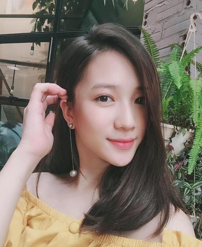 Nhan sac mon con mat cua cuu hot girl Ha thanh sau sinh-Hinh-8