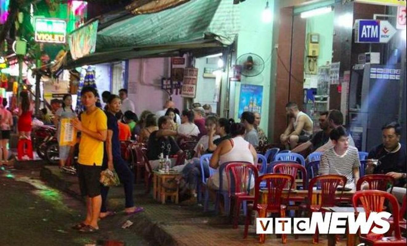 Via he Quan 1 the nao sau 1 nam ong Doan Ngoc Hai dung xuong duong?-Hinh-3