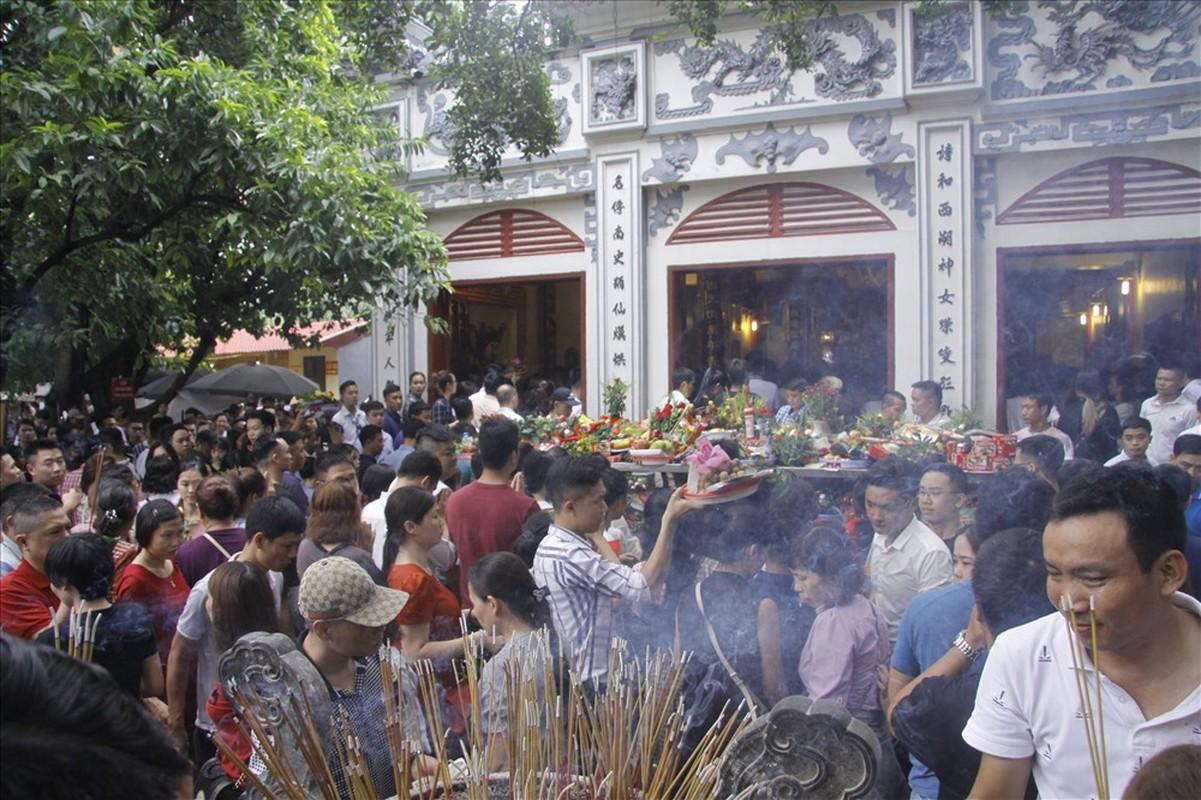 Bien nguoi cau an 'Thang co hon' o Phu Tay Ho-Hinh-8